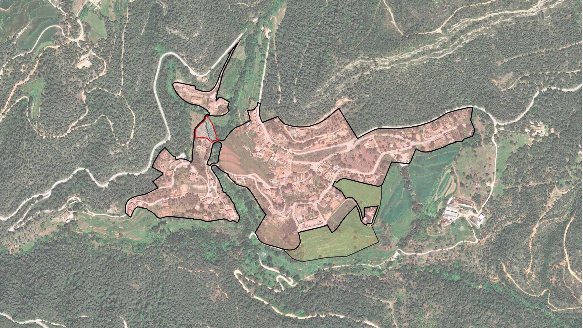 Ortofoto del municipi de Gallifa amb el límit del sòl no urbanitzable.